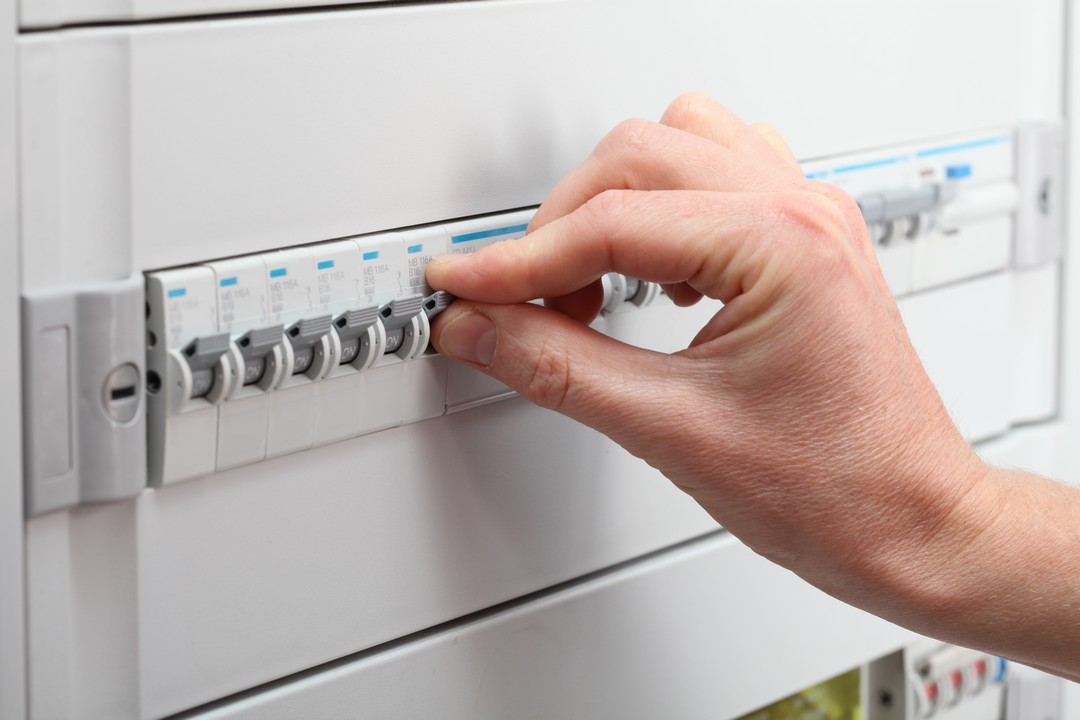 devis installation électrique: comparez les prix