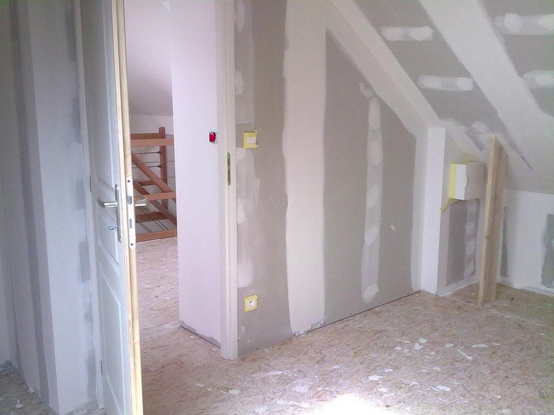 Mur intérieur : murs porteurs ou cloisons, quelles différences ?