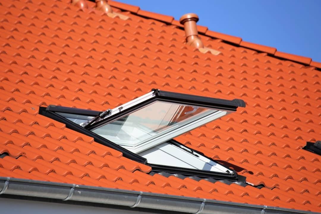 Lucarne ou fenêtre de toit ?