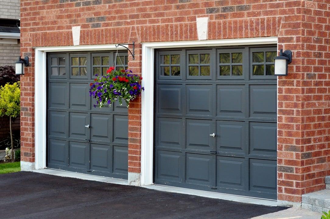 Double porte de garage pliante